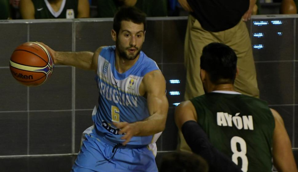 Bruno Fitipaldo en el partido de Uruguay vs. México. Foto: Gerardo Pérez