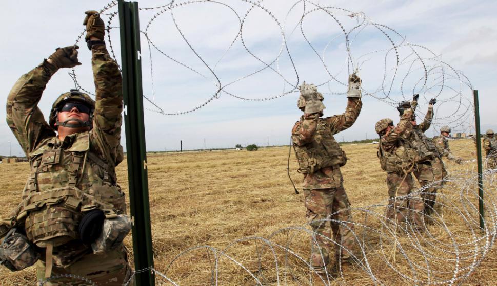 7.000 efectivos militares ha desplegado hasta ahora EE.UU. en la frontera con México. Foto: Reuters