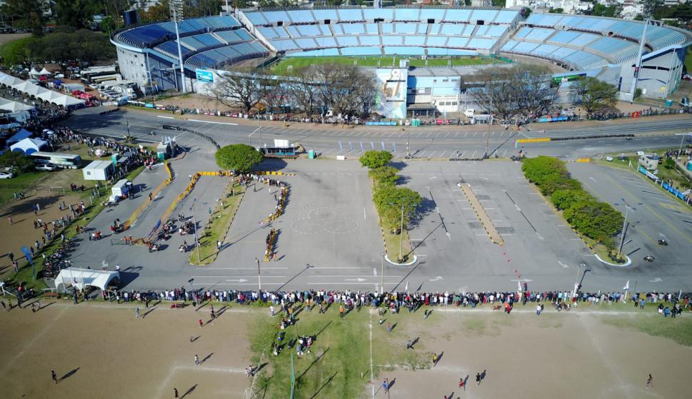 Habrá plaza de comidas y exposición de vehículos. Foto: Archivo El País
