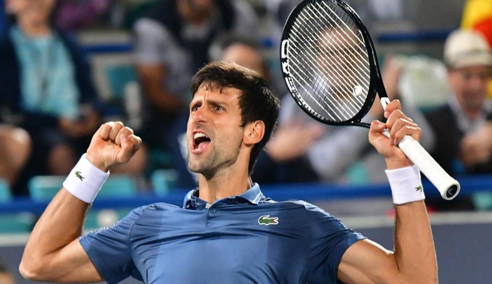 Novak Djokovic campeón de la exhibición de Abu Dabi. Foto: AFP.