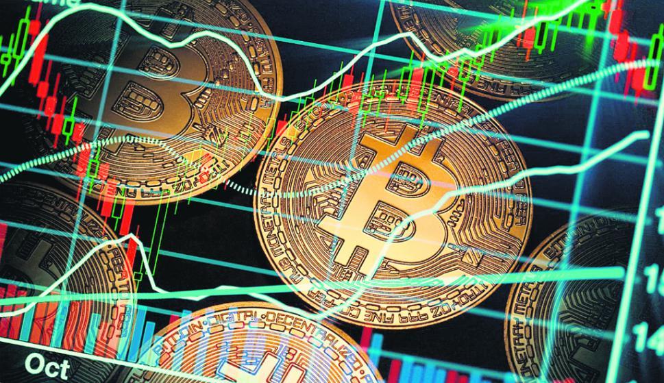 En lo que va del año, el bitcoin ha tenido una pequeña suba luego de haberse desplomado en 2018. Foto: AFP
