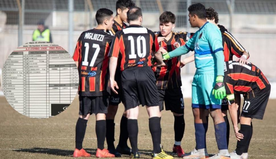 Siete juveniles y un masajista jugaron por el Pro Piacenza. Fotos: La Stampa