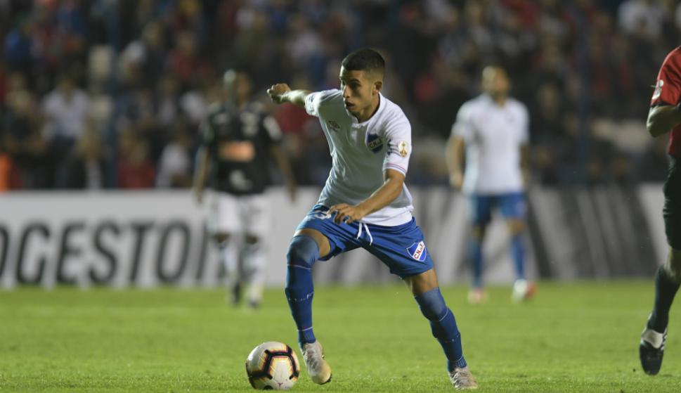 """Boselli recibió """"cinco o seis"""" ofertas por Santi Rodríguez, pero """"no es el momento"""" de irse"""