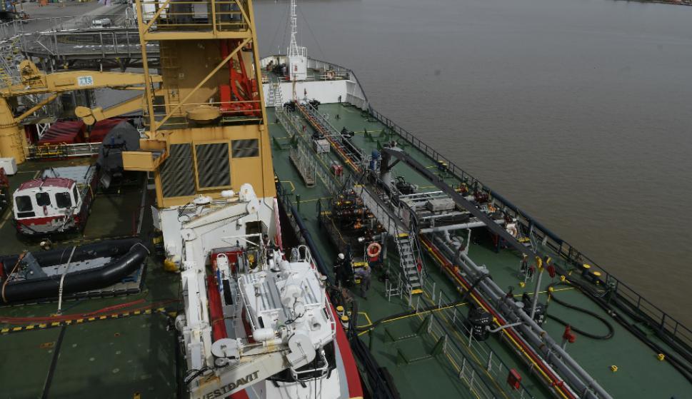 La tripulación de unas 100 personas se divide en tres guardias. Mientras dos están a bordo, la tercera descansa. Foto: Leonardo Mainé