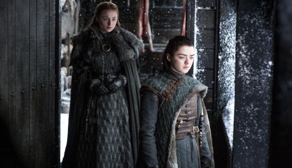 Sophie Turner y Maisie Williams, las hermanas Stark vuelven a estar unidas para los episodios finales de Game of Thrones. Foto. Difusión