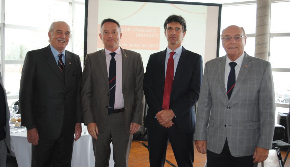 Carlos Steneri, Embajador de Reino Unido Ian Duddy, Ignacio Zuasnabar, Daniel Varese.