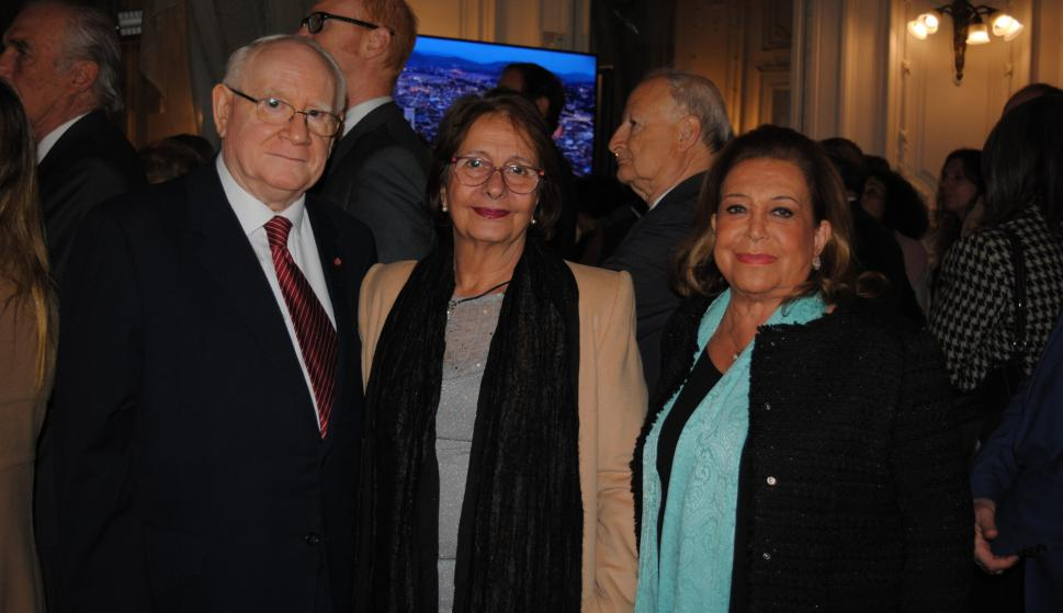 Oscar Botinelli, Cristina de León, Susana Nunes.