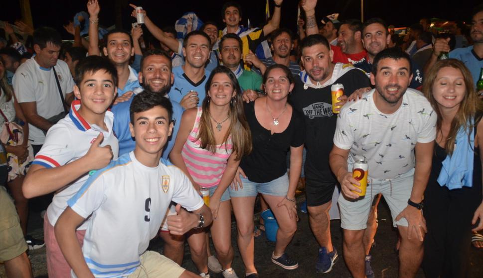 Hinchas uruguayos en Río de Janeiro
