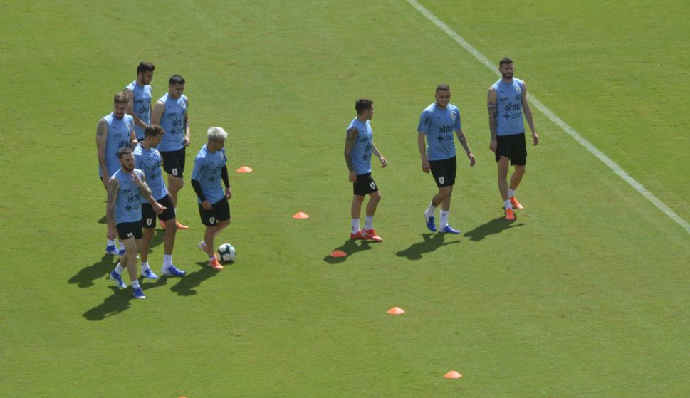 Entrenamiento de Uruguay en Salvador de Bahía. Foto: Gerardo Pérez.