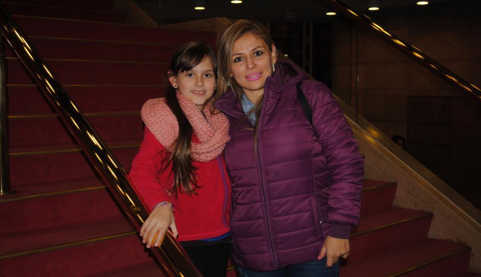 Victoria Gutiérrez, Adriana Barrios.