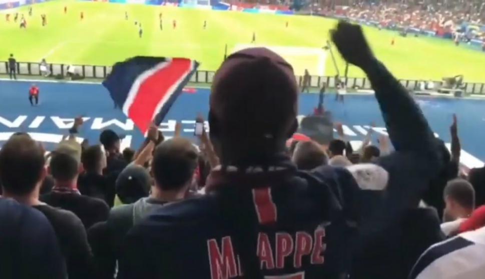 La afición del PSG insultó a Neymar en Parque de los Príncipes