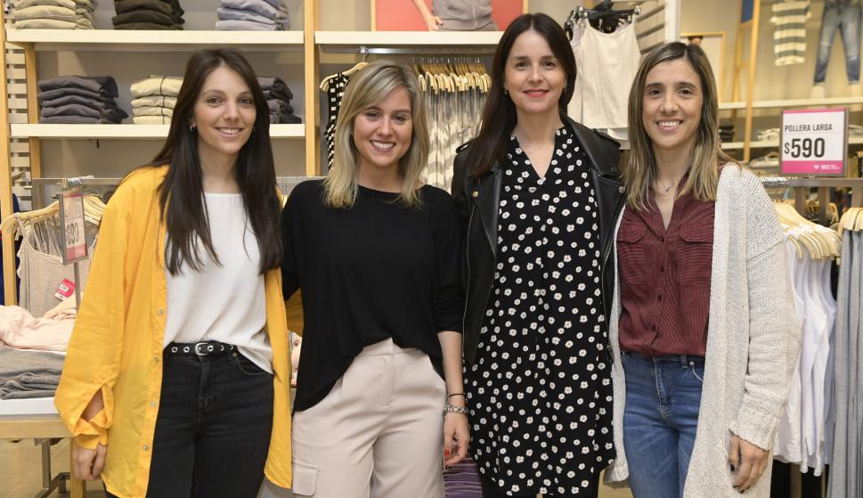 Gabriela León, Lucía Comas, María Eugenia Silva, Beatriz Ipar.
