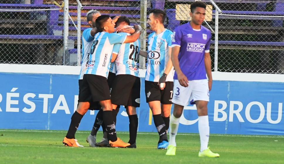 Cerro vs. Defensor Sporting