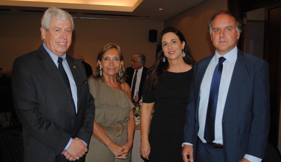 Santiago Pereira, Teresita Camejo, Silvina Moor-Davie, Pablo Ponce de León.
