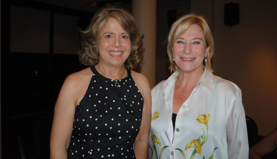 Yolanda Acosta y Lara, Mercedes Linn.