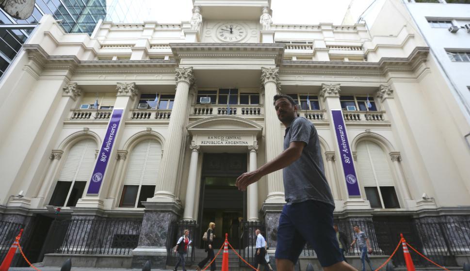 Argentina endurece controles sobre compra de dólares: estas son las nuevas medidas – 15/09/2020