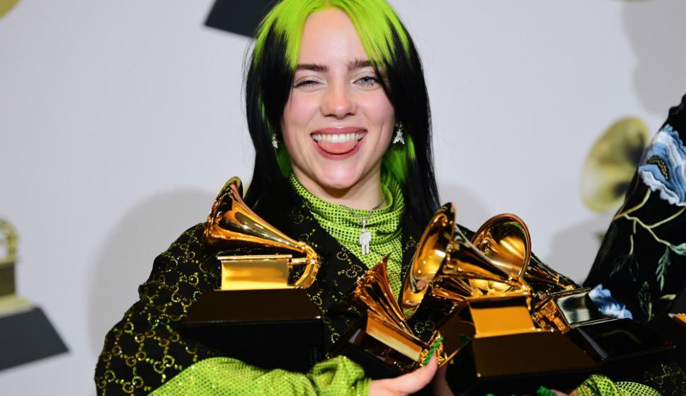 Billie Eilish arrasó en los 62° Grammy, e hizo historia. Foto: AFP