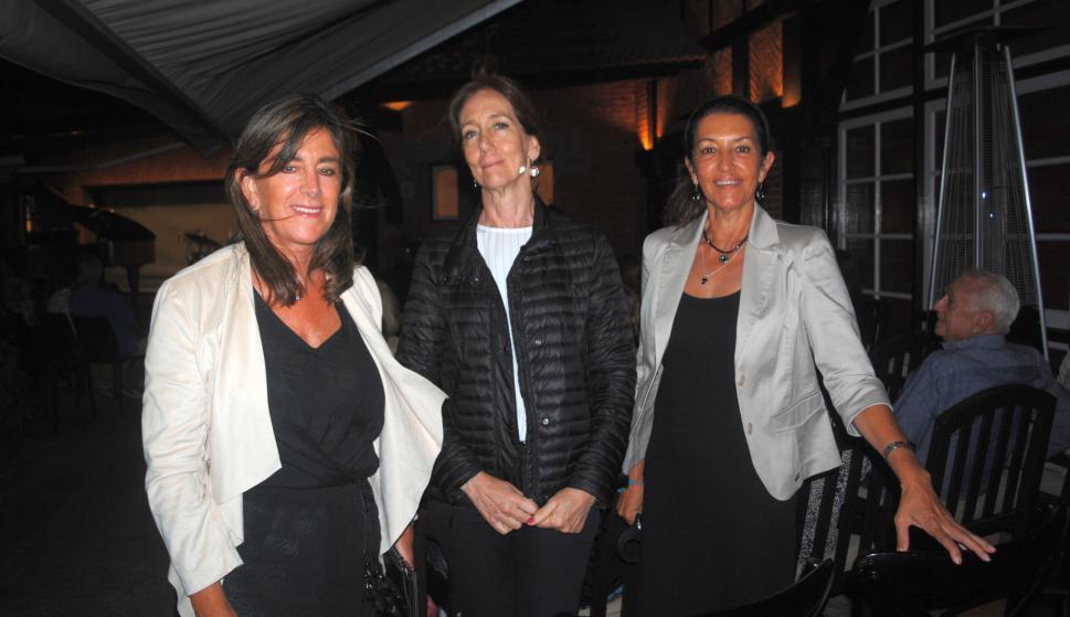 Luz Ubici, Patricia Moreno, María Luisa Vázquez.