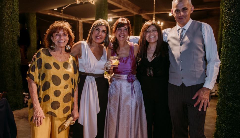 Susana Domínguez, Mariana Mas, Martha Carbonell, Mariela Fabani, Gerard Da Silva.