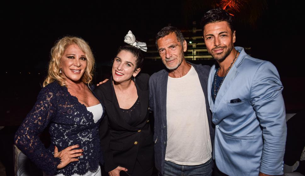 Reina Rich, Juana Repetto, Gustavo Garzón, Cristian Fontan.