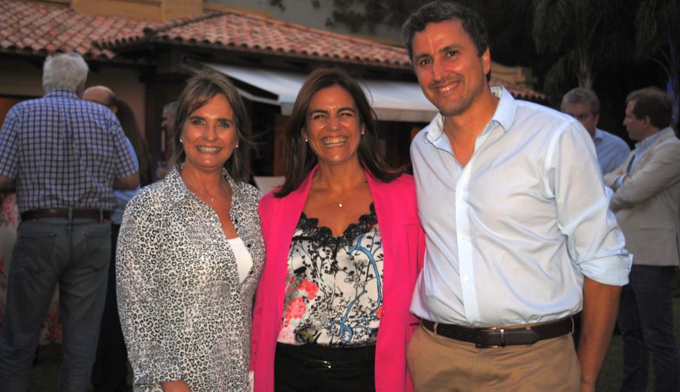 Andrea Carballido, Ana Inés Echavarren, Hugo Romay.