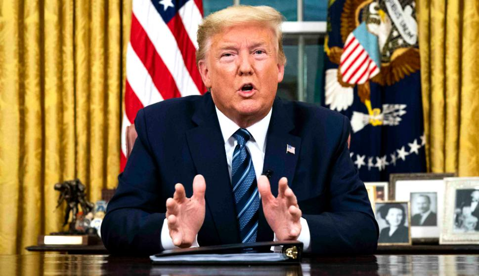 Donald Trump anunció la medida desde la Oficina Oval. Foto. AFP