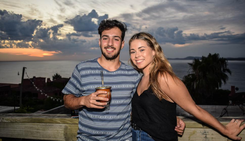 Michel Carlos, Camila Haras.
