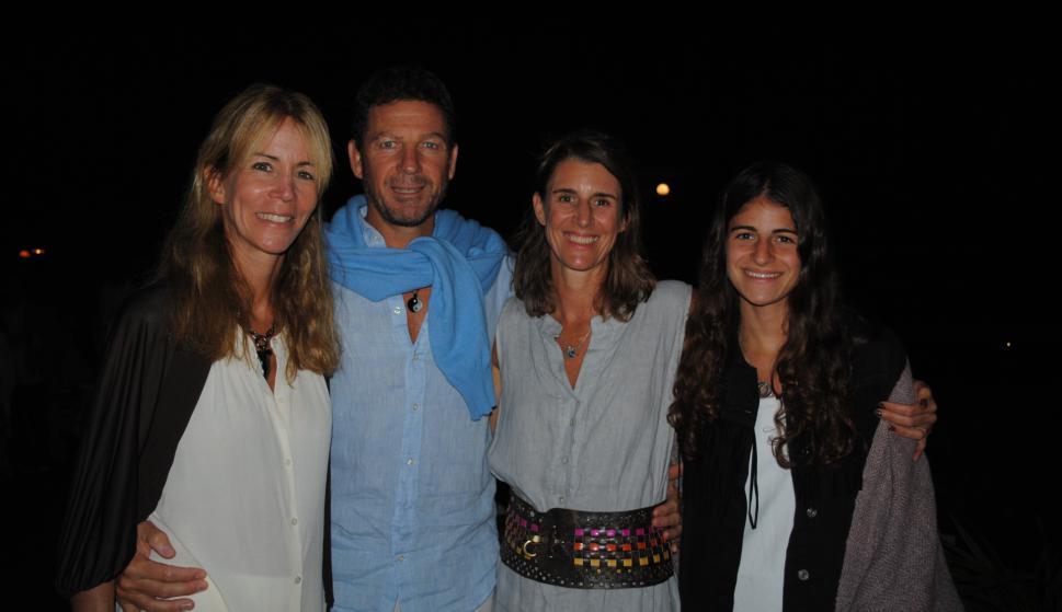 Ximena Fontan, Jaime Pereira, Sol Rodríguez, Julia López.