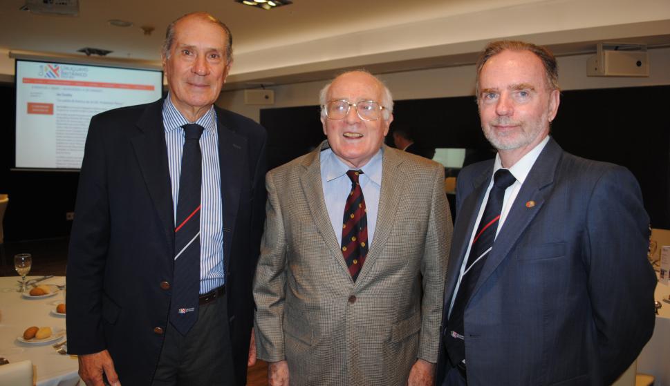 Diego Payssé, James Coubrough, Roberto Linn.