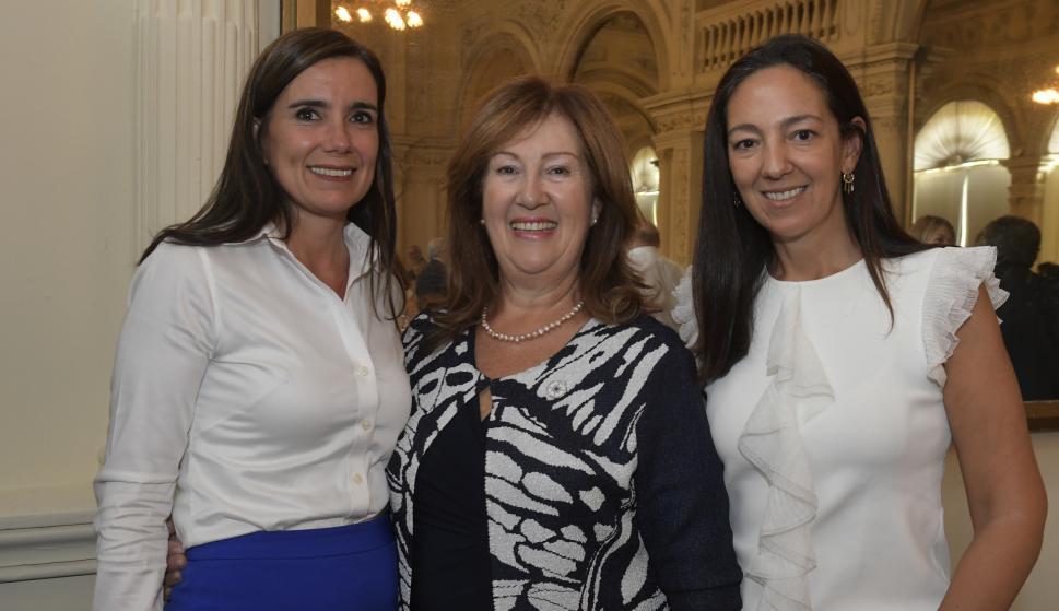 Enriqueta Portela, Olga Sánchez, Mónica González.