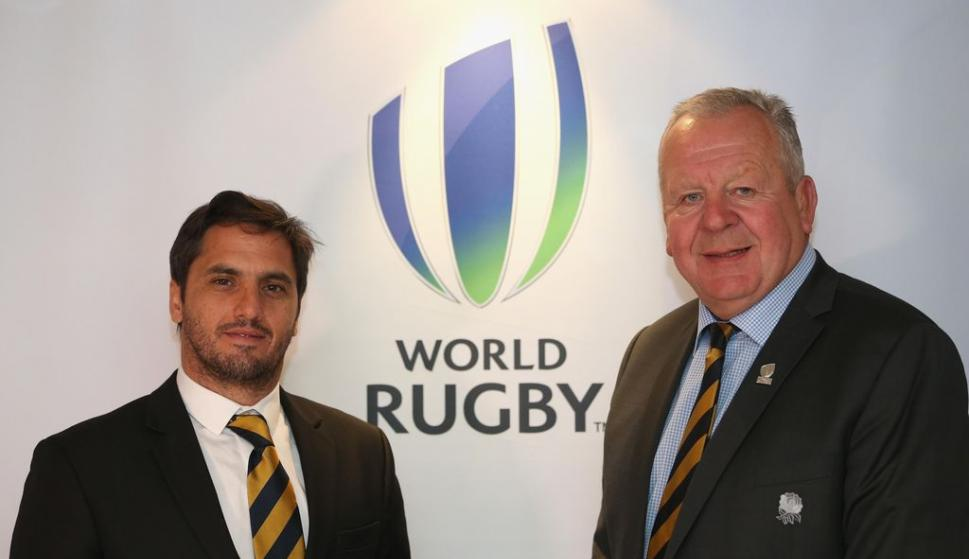 Agustín Pichot y Bill Beaumont. Foto: World Rugby.