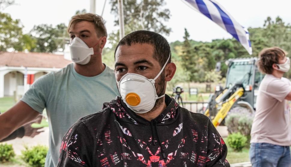 Walter Gargano en la jornada solidaria de CanastasUy en el Colegio Ivy Thomas.