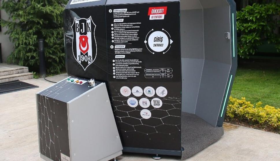 La cabina desinfectante del Besiktas turco