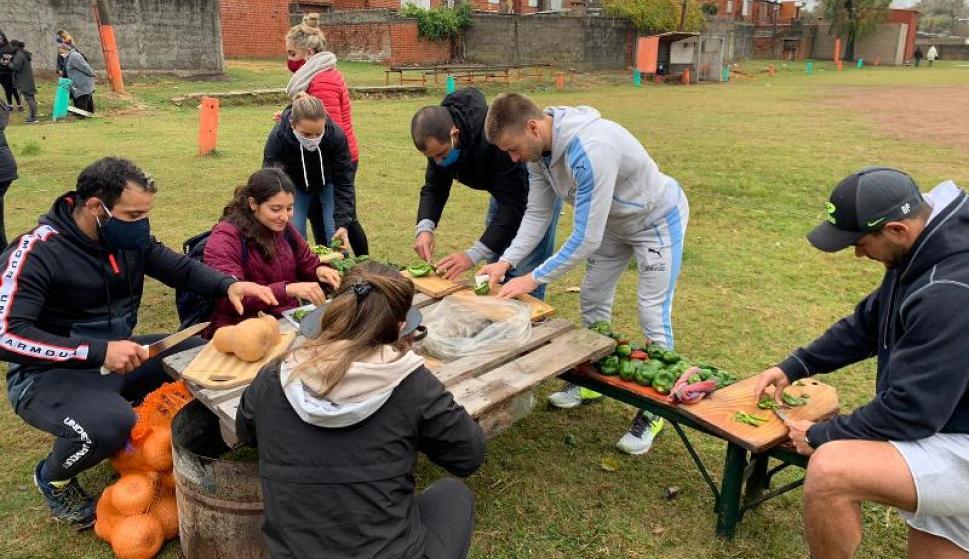 Varios deportistas uruguayos se unieron en una gran jornada solidaria