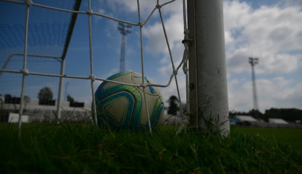 Comenzaron los entrenamientos y el fútbol se prepara para el regreso oficial. Foto: Fernando Ponzetto.