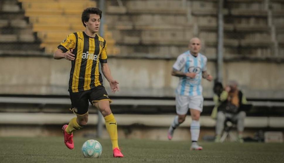 Facundo Pellistri en el amistoso entre Peñarol y Cerro. Foto: @OficialCAP.