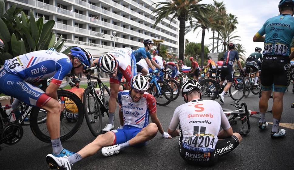 El Tour de Francia y un accidentado comienzo con lluvia y caídas en Niza -  Ovación - 30/08/2020 - EL PAÍS Uruguay
