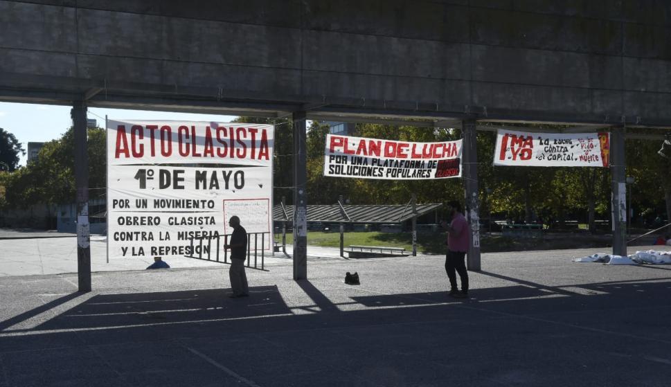 Día de los Trabajadores: sin acto pero con recolección de firmas y alimentos para ollas - Información - 01/05/2021 - EL PAÍS Uruguay
