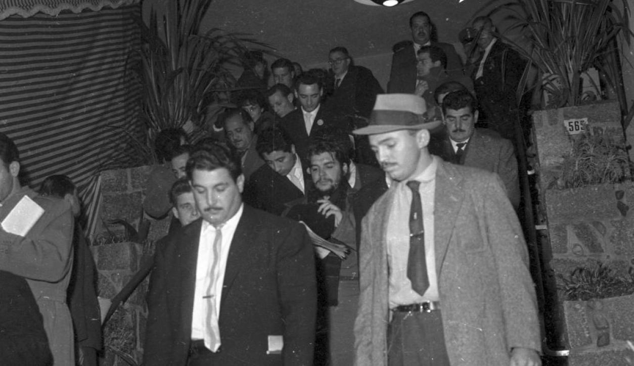 Ernesto Che Guevara en el Consejo Interamericano Económico y Social  Foto: El País