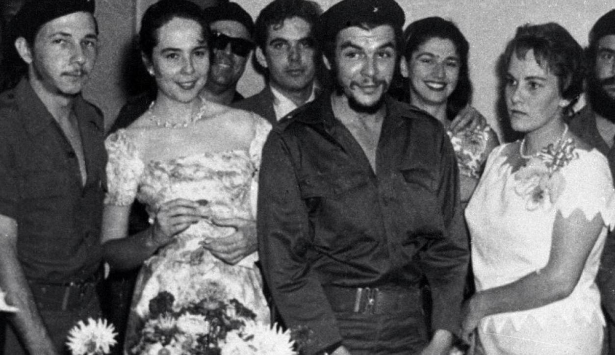 Ernesto Che Guevara en su casamiento. Foto: Archivo El País