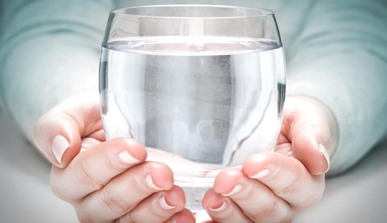 El poder y los beneficios de tomar agua a diario - 14/12/2018 - EL PAÍS  Uruguay