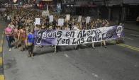 Asesinatos de mujeres han provocado manifestaciones de organizaciones sociales. Foto: F. Ponzetto
