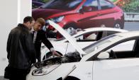 La venta de autos repuntó en mayo y es indicio de consumo. Foto: Reuters