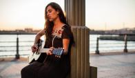 La cantante viene a estrenar su nuevo disco a Montevideo. Foto: Difusión