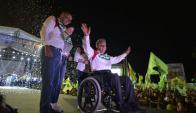 """Lenín Moreno afirmó, en el acto final de la campaña, que hoy """"se elige entre un país para un puñado de gente o un país para todos"""". Foto: AFP."""