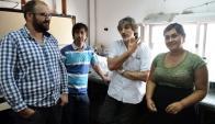 Dr. Tort junto a parte del grupo de investigadores de la Facultad de Medicina. Foto: M. Bonjour
