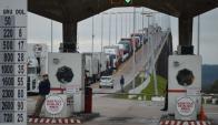 Tránsito cortado en el puente San Martín. Foto: Daniel Rojas