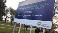 Anuncio: el cartel fue colocado esta semana. Foto: Municipio de Santa Lucía