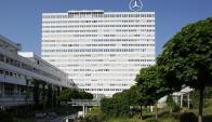 Daimler y Uber juntos en el negocio de los vehículos autónomos. Foto: Pixabay