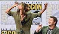 La actriz Halle Berry estuvo en la presentación de la película Kingsman: The Golden Circle. Contó cómo fue grabar junto al importante elenco masculino y también se animó a tomar un vaso de whisky de un solo trago. Lo logró.